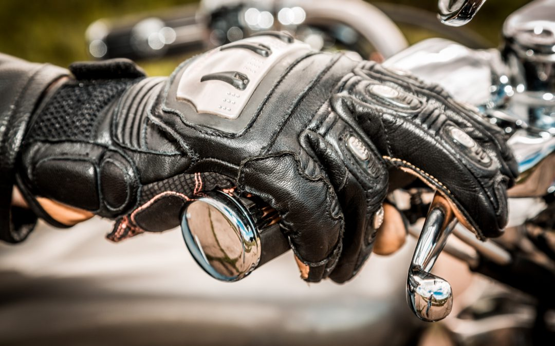 How To Buy Motorcycle Gloves That Fit