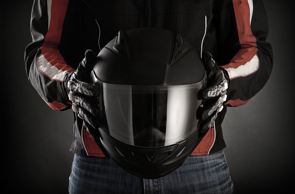 How To Buy and Size a Motorcycle Helmet
